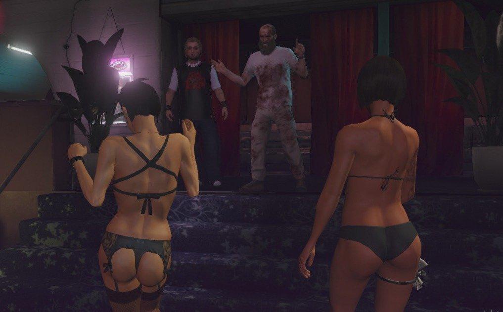 Сеть магазинов отказалась от GTA 5 из-за сцен насилия над женщинами