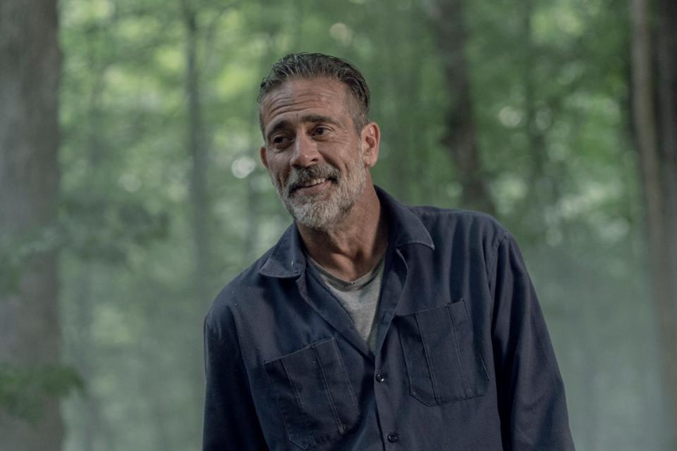 4ноября вышла 5 серия 10 сезона сериала «Ходячие мертвецы» (The Walking Dead). Там произошло важное развитие событий— Ниган наконец-то ушел изобщины Рика Граймса, державшей его вплену спрошлого сезона. Произошло это несовсем так, как вкомиксе Роберта Киркмана.