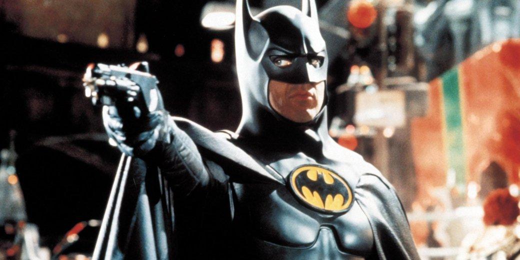 Актёру «Бэтмена», «Битлджуса» и «Бёрдмена» Майклу Китону исполняется 70 лет. Он наиболее известен по роли супергероя DC Comics Бэтмена: особенно благодаря тому, как создатели картины перенесли образ и характер персонажа на экраны. А помните ли вы, как другие актёры выглядели в этом образе? Самое время проверить это в тесте «Канобу»!<br />
