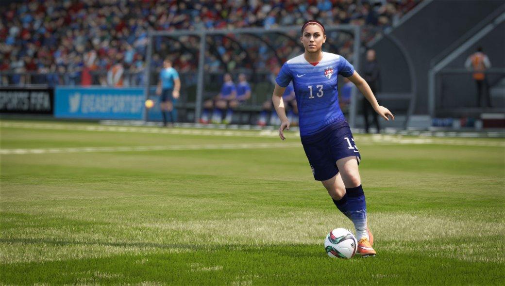 Ключевое преимущество футбольной серии FIFA перед своим единственным конкурентом в лице Pro Evolution Soccer заключается в том, что ее авторы, студия EA Sports, каждый раз мастерски переизобретают новую часть — включить FIFA 16 и начать громить соперников, применяя тактики из FIFA 15, не выйдет при всем старании. EA Sports в очередной раз поменяла основы и принципы, на которых вам придется строить игру команды. В FIFA 15 царил остроатакующий, стремительный футбол в духе мадридского Реала; в FIFA 16 балом правит комбинационный футбол — излюбленная манера каталонской Барселоны. Лео Месси, в очередной раз засветившийся на обложке FIFA, будет доволен.