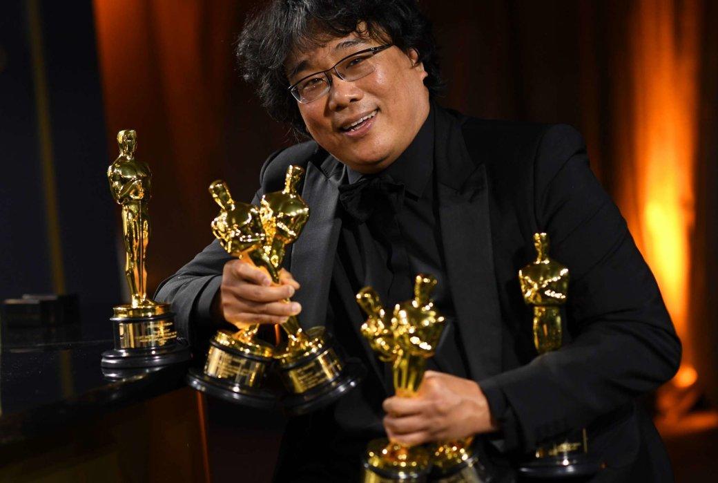 Вчесть двадцатилетия своего первого фильма оскароносный режиссер-сценарист «Паразитов» Пон Джун-хо выбрал 20 многообещающих режиссеров, чьи работы, поего мнению, будут играть важную роль вистории кино вследующие 20лет.