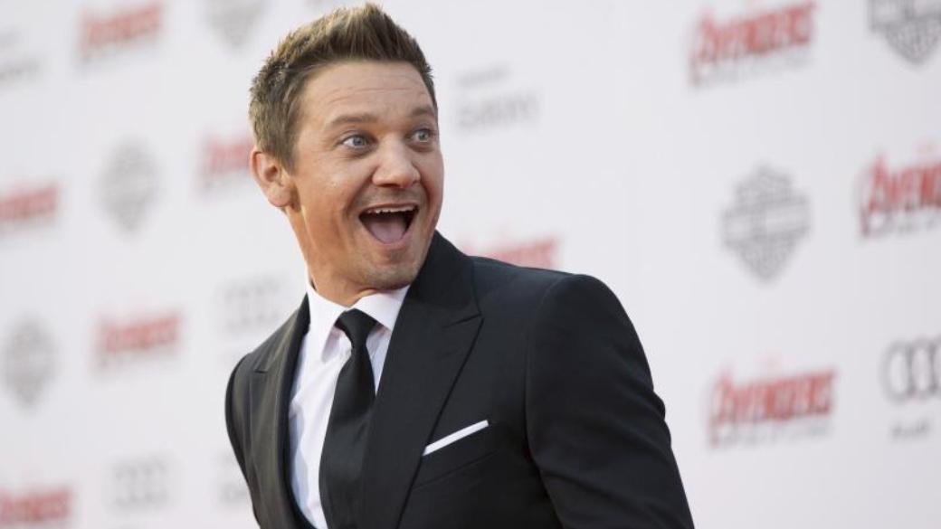 Джереми Реннер— Соколиный глаз изкиновселенной Marvel— выпустил несколько синглов иклип