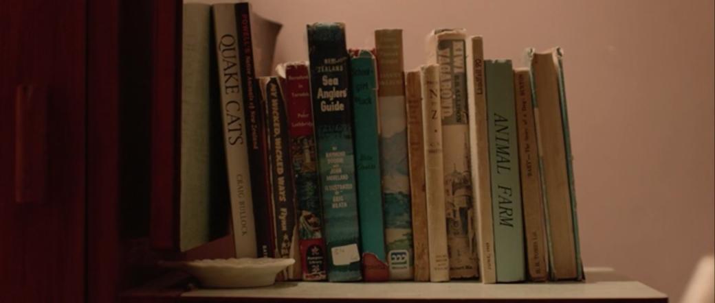 Что читают герои фильмов исериалов?