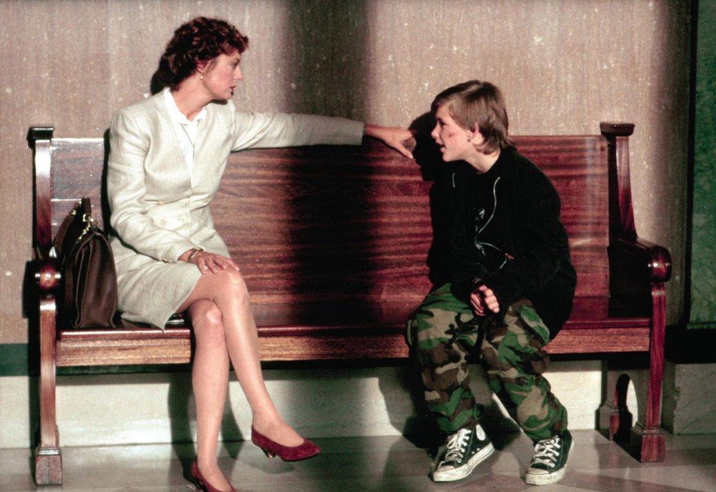 Лучшие фильмы Джоэла Шумахера. От«Сменя хватит!» до«Пропащих ребят»