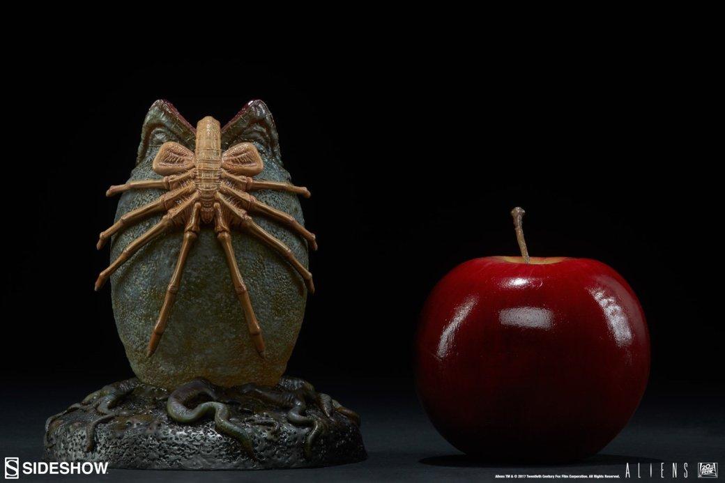 Берегите ваши глотки! Новая статуя яйца сфейсхаггером из«Чужого»