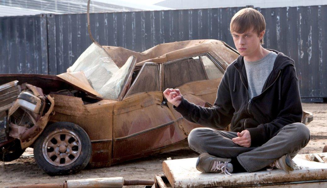 Любимые фильмы Marvel исыр вместо наркотиков. Интервью ссоздателем «Черного плаща» Тэдом Стоунсом