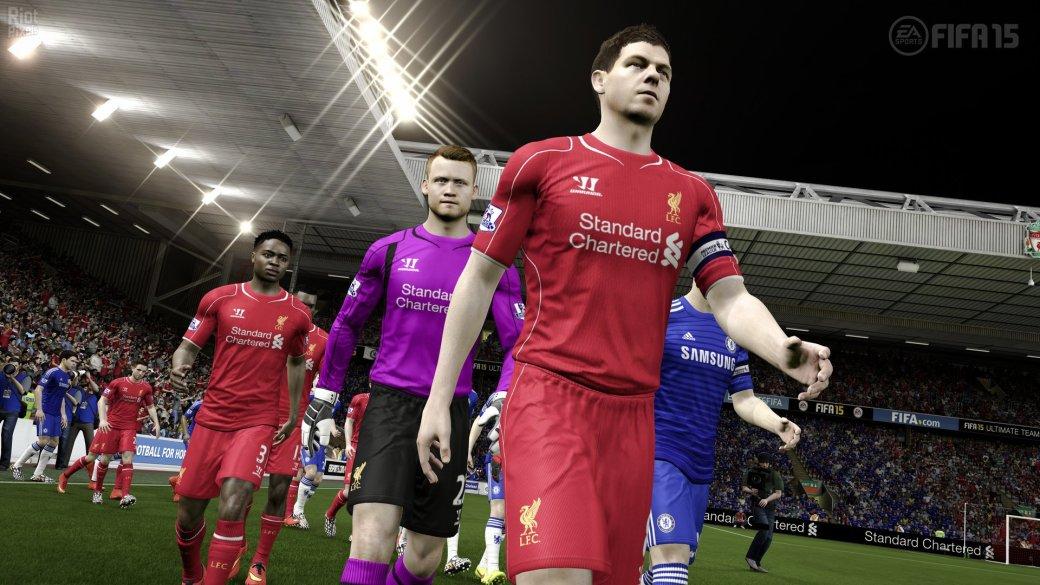 FIFA 15 продолжает лидировать в британском чарте