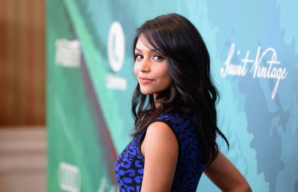 Семь актрис на роль Памелы Андерсон в киноверсии «Спасателей Малибу»